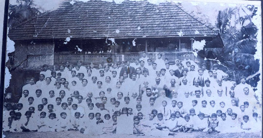 First Poothicote Kudumbayogam held about 1900 in Medayil house.